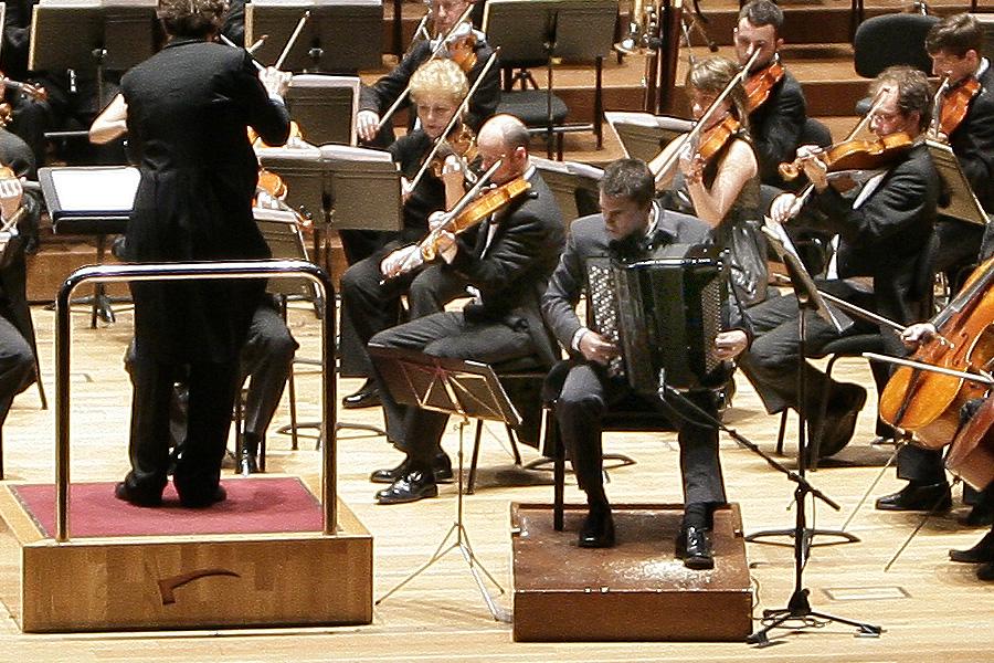 Iñaki Alberdi con la Orquesta Sinfónica de Liverpool