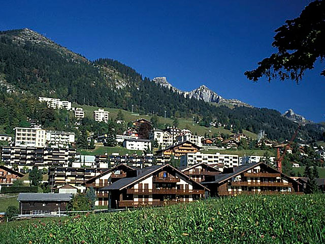 SUMMER ACADEMY IN SWITZERLAND